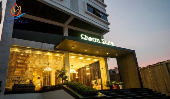 Phía trước Charm Suit Saigon
